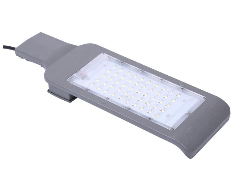 Farola LED IP65 de aluminio fundido a presión 90-130LM / W