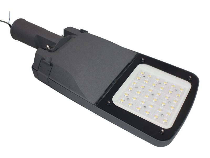 120-130LM / W Impermeable IP65 LED Luces de calle para estacionamiento al aire libre